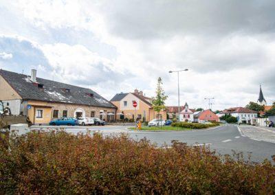 Restaurant & Penzion Jelenka restaurace a ubytování Janovice nad úhlavou Exterier (6)