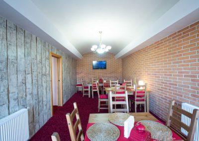 Restaurant & Penzion Jelenka restaurace a ubytování Janovice nad úhlavou salonek (3)