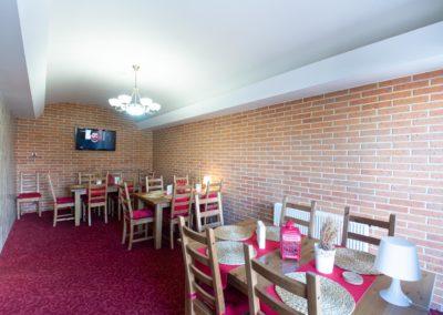 Restaurant & Penzion Jelenka restaurace a ubytování Janovice nad úhlavou salonek (4)