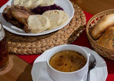 Restaurant & Penzion Jelenka ubytování a restaurace Janovice nad úhlavou obědy domácí česká kuchňě (7)